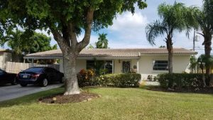 Homes for sale in the Cresthaven neighborhood in Pompano Beach, Florida